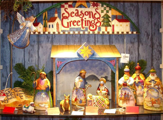 http://www.amerheritage.com/merchimages/christmas/enesco/bigNativity.jpg