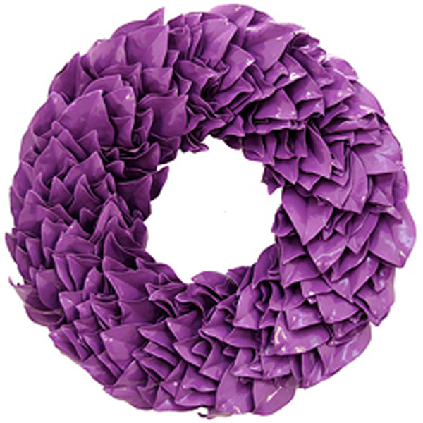 Lacquered Wreaths
