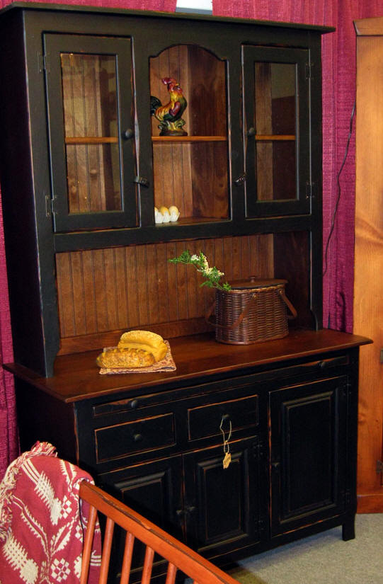 All Amish Made Hutches Page 1